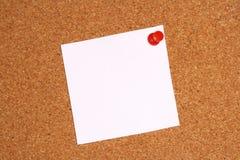Nota sobre la tarjeta del corcho Foto de archivo