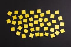 Notas amarelas Foto de Stock