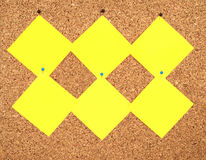 Notas amarelas da etiqueta Fotografia de Stock Royalty Free
