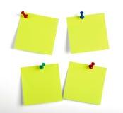 Notas amarelas dos lembretes Fotos de Stock Royalty Free