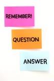 Notas con preguntas y el FAQ Fotografía de archivo libre de regalías