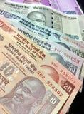 Notas da moeda da rupia indiana imagens de stock