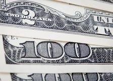Notas de banco de papel do dólar dos E.U. $100 Fotografia de Stock