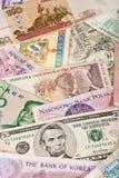 Notas de banco globais Fotografia de Stock