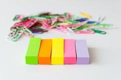 Notas de post-it coloridas Foto de Stock