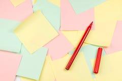 Notas del papel coloreado Fotos de archivo libres de regalías