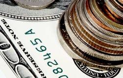 Notas e moedas Imagens de Stock