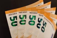 50 notas euro avivan imagen imagen de archivo libre de regalías