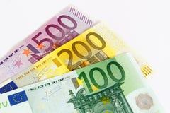 Notas euro con la reflexión Imagenes de archivo