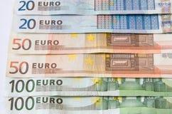 Notas euro del dinero Fotos de archivo
