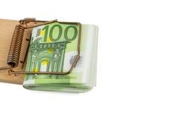 Notas euro en ratonera Imágenes de archivo libres de regalías