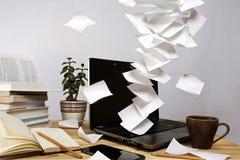 Notas flotantes Imagen de archivo libre de regalías