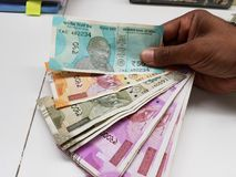 Notas indianas da moeda de denominações diferentes Imagem de Stock