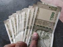 Notas indias del dinero en circulación foto de archivo