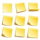 Notas pegajosas amarillas Fotografía de archivo