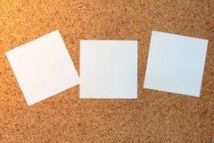 Notas pegajosas blancas Foto de archivo libre de regalías