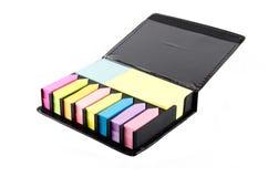 Notas pegajosas coloreadas múltiplo Imagen de archivo libre de regalías