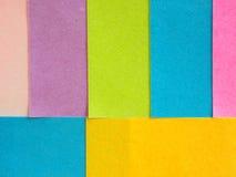 Notas pegajosas coloridas como um fundo Imagem de Stock Royalty Free