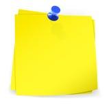 Notas pegajosas coloridas unidas com pino azul Imagem de Stock Royalty Free
