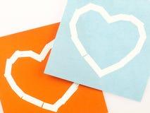 Notas pegajosas com símbolo do coração Fotografia de Stock