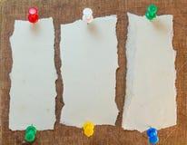 Notas pegajosas no fundo de papel velho Imagens de Stock