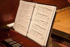 Notas sobre un piano digital Fotografía de archivo