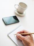 Notas u hojas de operación (planning) de la escritura un horario Fotos de archivo