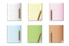 Notas y papel en blanco Imágenes de archivo libres de regalías