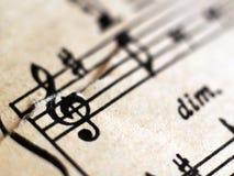 Notation musicale écrite, rétros notes photo stock
