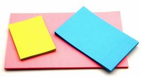 notatka barwiony papier Zdjęcia Royalty Free
