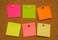 notatka deskowy korkowy stubarwny papier Zdjęcie Royalty Free