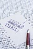 Notatka z gubjącego wyborem wygranie kody na bukmacherach obraz stock