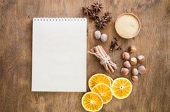 Notatnik dla pisać przepisie lub menu tło kulinarny zdjęcia stock