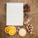 Notatnik dla pisać przepisie lub menu tło kulinarny zdjęcia royalty free