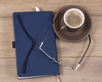 Notatnik i kawa Zdjęcie Royalty Free