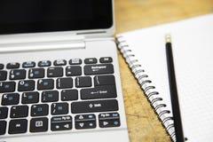 Notatnik i książkowa notatka dla pamięci aktywności lub biznesu Ministerstwo Spraw Wewnętrznych z stylem życia i wolnym życiem w  Zdjęcia Stock