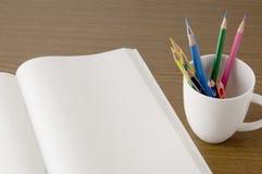 notatnika barwiony ołówek Zdjęcia Stock