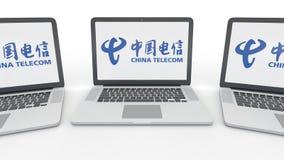 Notatniki z China Telecom logem na ekranie Informatyka artykułu wstępnego 3D konceptualny rendering Obraz Stock