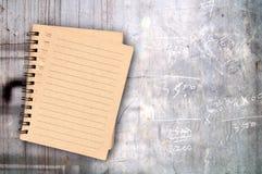 Notbook coloreado de la pared del cemento del granero Imágenes de archivo libres de regalías