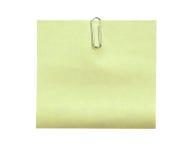 Note avec un trombone D'isolement sur un fond blanc (chemin de coupure) Photographie stock