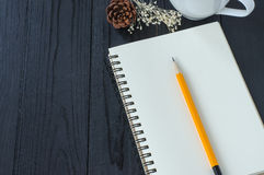 Note book and pencil Royalty Free Stock Photography