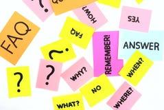 Note con le domande ed il FAQ Immagine Stock Libera da Diritti