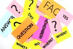 Note con le domande ed il FAQ Fotografie Stock Libere da Diritti