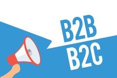 Note d'écriture montrant B2B B2C Photo d'affaires présentant deux types pour envoyer des emails à l'autre bubbl de la parole de c Photo stock