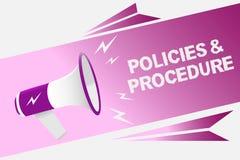 Note d'écriture montrant des politiques et la procédure La liste de présentation de photo d'affaires de règles définit le speake  Image stock