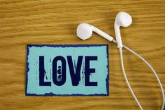 Note d'écriture montrant l'amour Photo d'affaires présentant le writt sexuel romantique de relations d'attachement d'affection pr Images stock