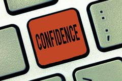 Note d'écriture montrant la confiance La présentation de photo d'affaires ont la foi comptent dedans sur quelqu'un ou quelque cho images stock