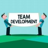 Note d'écriture montrant Team Development La présentation de photo d'affaires apprennent pourquoi et avec la façon dont les petit illustration libre de droits
