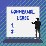 Note d'?criture montrant le bail commercial E illustration libre de droits