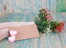 Note de papier avec des fleurs Image libre de droits